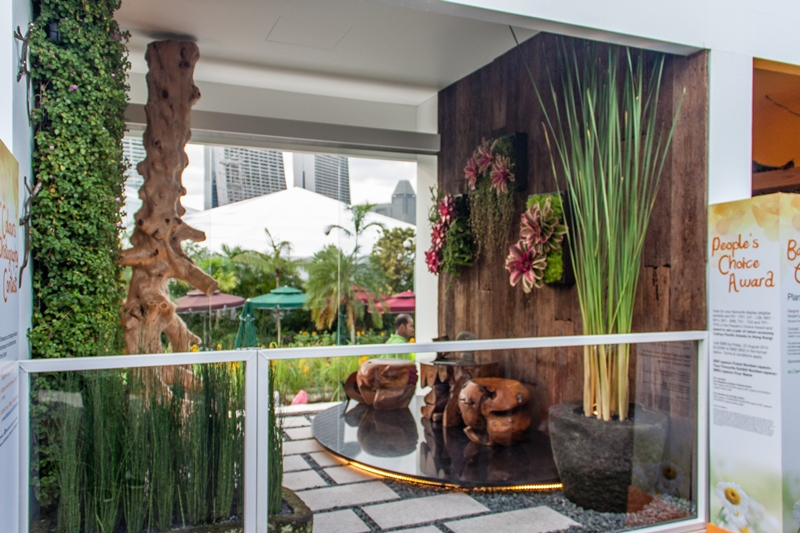 Balcony garden at sgf 2014 esmond landscape and for Balcony ideas singapore